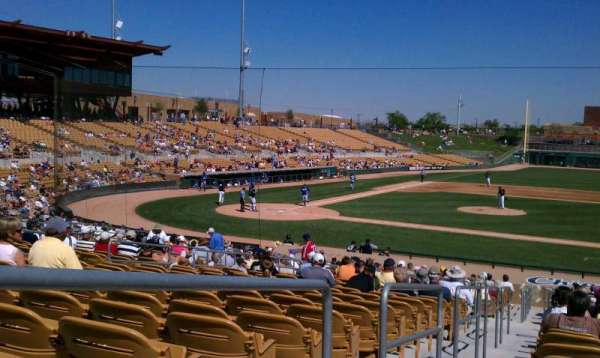 Camelback Ranch, section: 108, rangée: 18, siège: 10