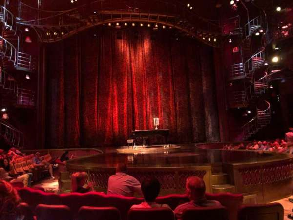 Zumanity Theatre, section: 102, rangée: D, siège: 17