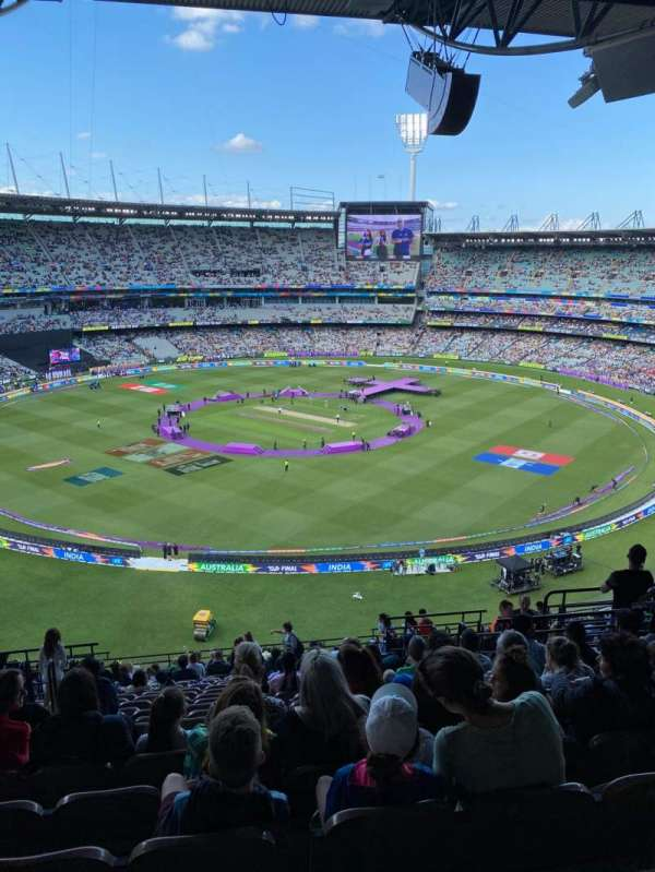 Melbourne Cricket Ground, section: Q27, rangée: W, siège: 10