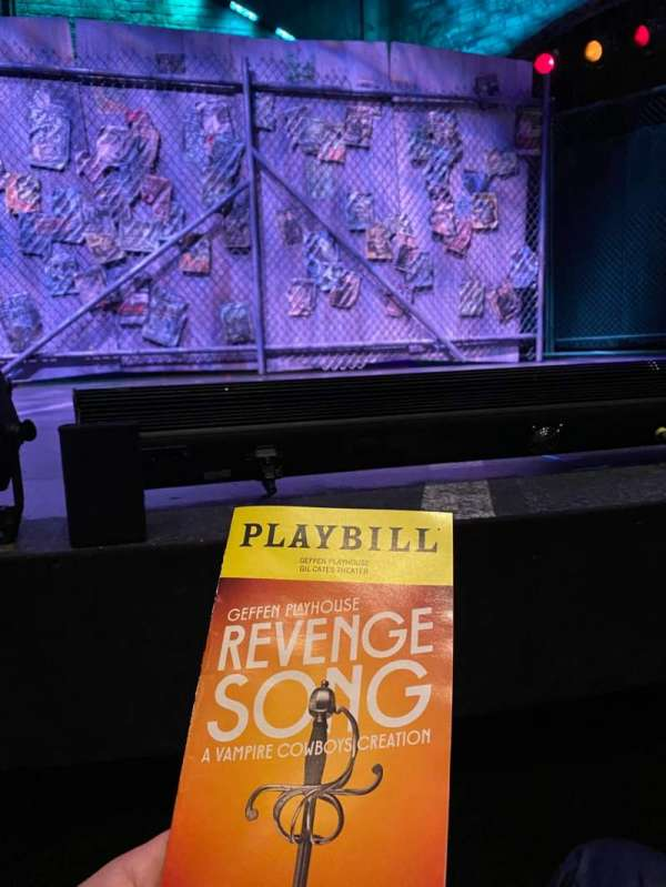 Gil Cates Theater at the Geffen Playhouse, section: Orch, rangée: A, siège: 8
