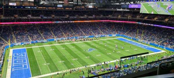 Ford Field, section: Suite 605, rangée: 3, siège: 6