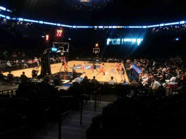 Barclays Center, section: 15, rangée: 13