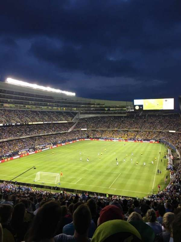 Soldier Field, section: 349, rangée: 9, siège: 10