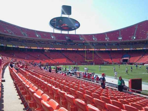 Arrowhead Stadium, section: 135, rangée: 11, siège: 7