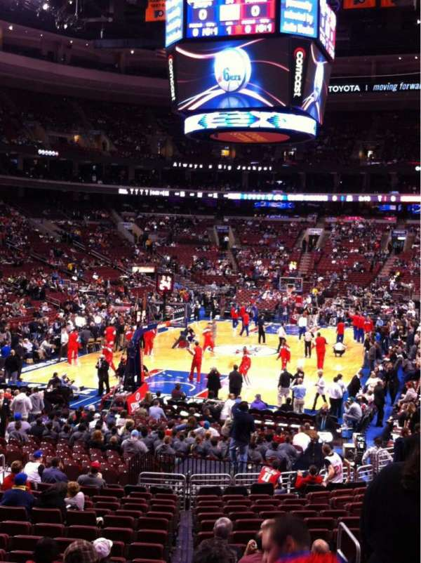 Wells Fargo Center, section: 108, rangée: 19