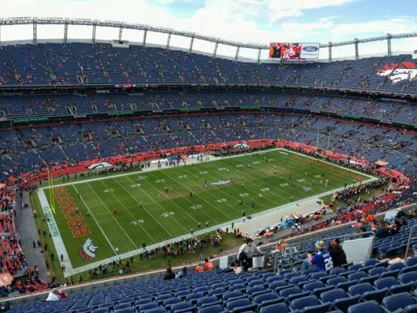 Empower Field at Mile High Stadium, section: 539, rangée: 18, siège: 14