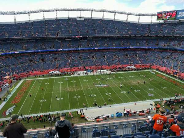 Empower Field at Mile High Stadium, section: 536, rangée: 10, siège: 14