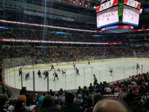 Capital One Arena, section: 119, rangée: P, siège: 18