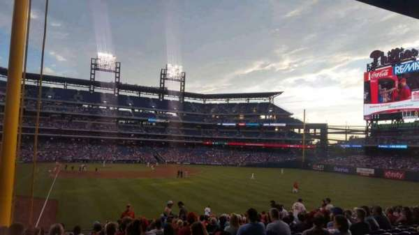 Citizens Bank Park, section: 106, rangée: 20, siège: 16