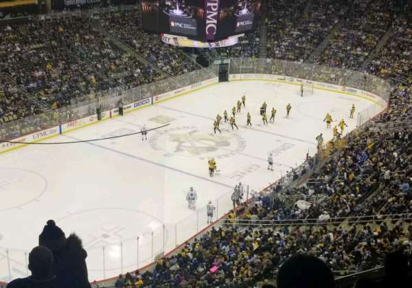 PPG Paints Arena, section: 207, rangée: F, siège: 14