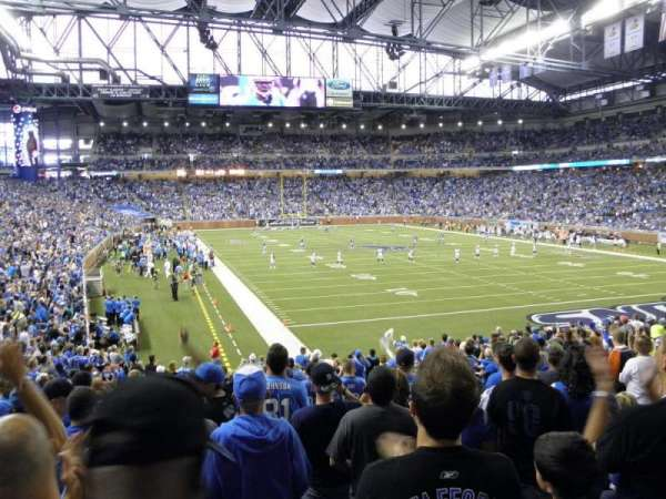 Ford Field, section: 114, rangée: 23, siège: 8