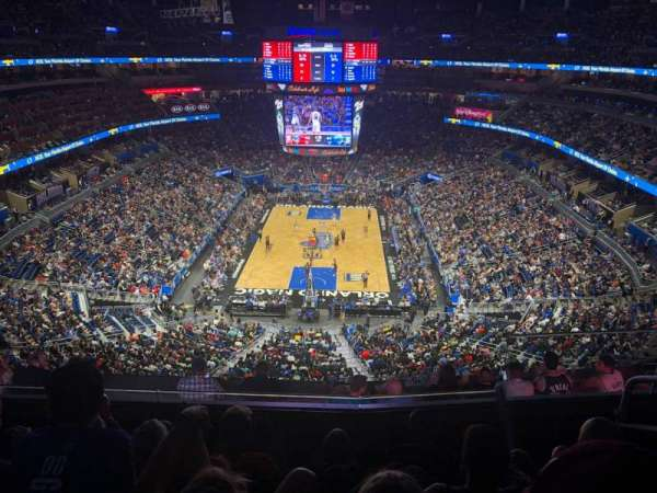 Amway Center, section: 217, rangée: 5, siège: 4
