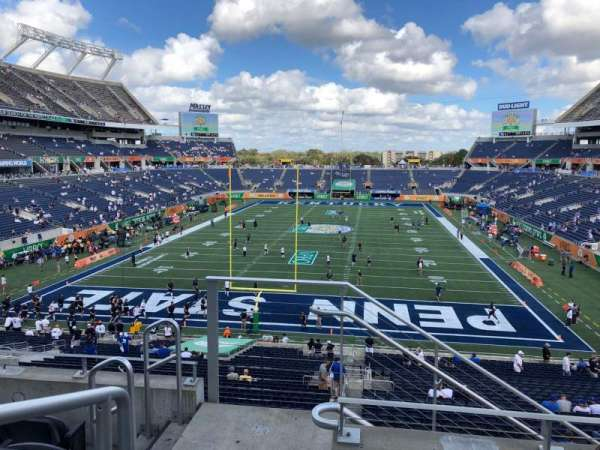 Camping World Stadium, section: P20, rangée: E, siège: 27