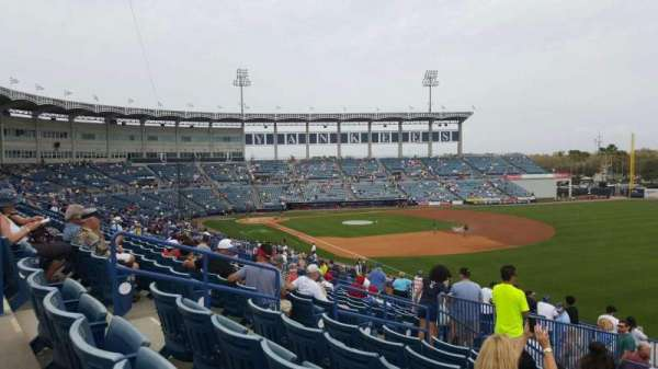 George M. Steinbrenner Field, section: 201, rangée: L, siège: 5