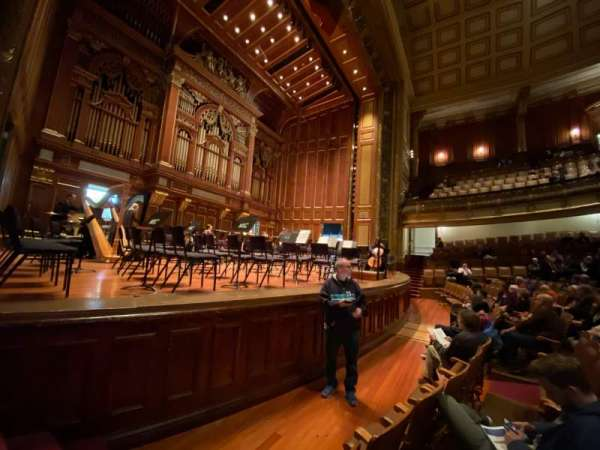 Jordan Hall at the New England Conservatory , section: Orchestra Left, rangée: N, siège: 7