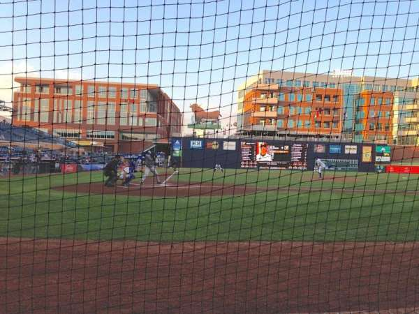 Durham Bulls Athletic Park, section: 106, rangée: B, siège: 1