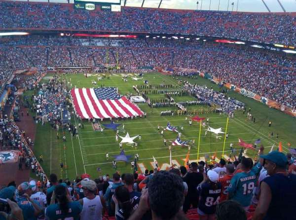 Hard Rock Stadium, section: 430, rangée: 19, siège: 23