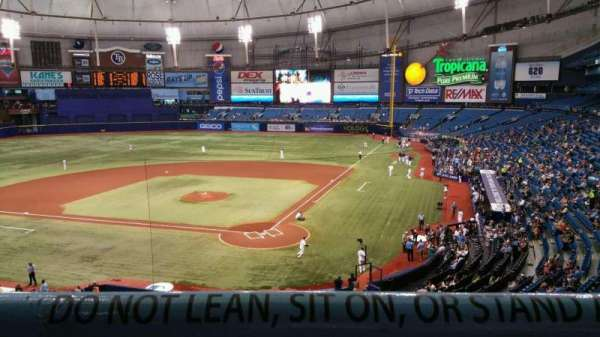 Tropicana Field, section: 203, rangée: A, siège: 6