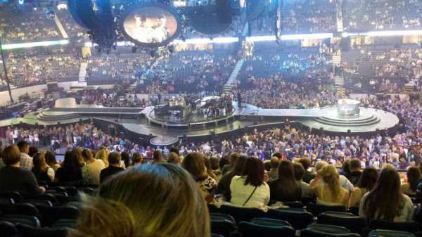 Allstate Arena, section: 202, rangée: n