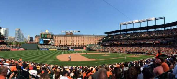 Oriole Park at Camden Yards, section: 56, rangée: 21, siège: 8