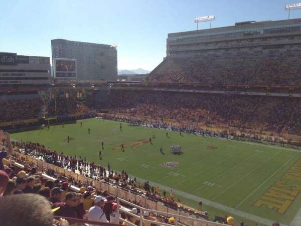 Sun Devil Stadium, section: 235, rangée: 10, siège: 5