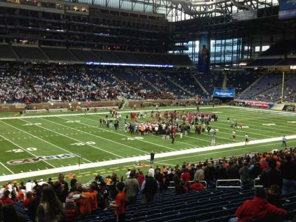 Ford Field, section: 124, rangée: 31