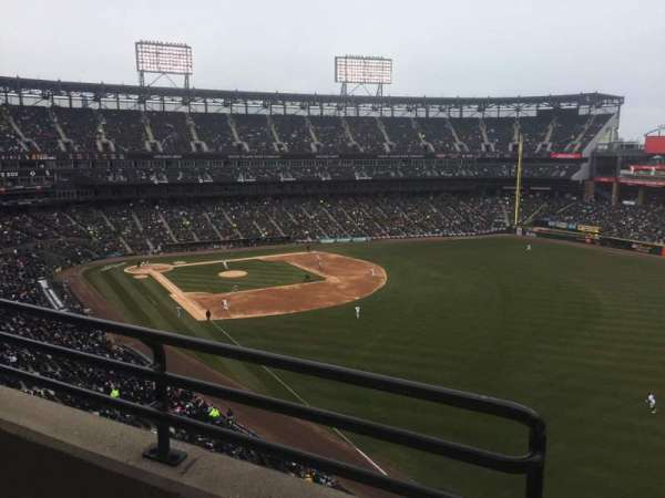 Guaranteed Rate Field, section: 509, rangée: 2, siège: 8