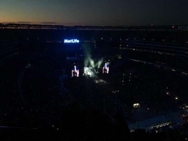 MetLife Stadium, section: 330, rangée: 26, siège: 28