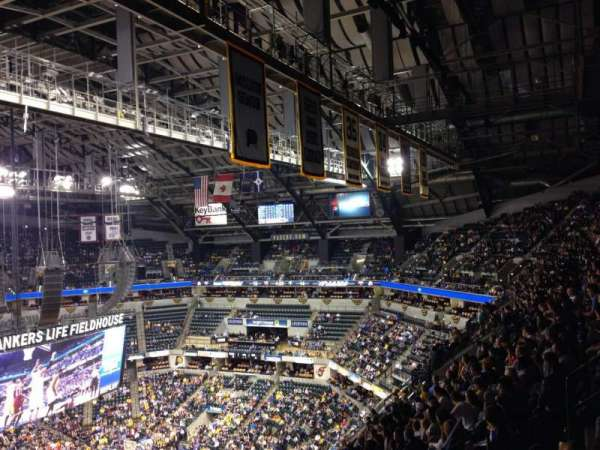 Bankers Life Fieldhouse, section: 227, rangée: 12, siège: 17