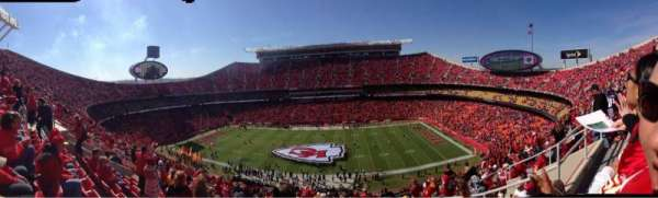 Arrowhead Stadium, section: 346, rangée: 17, siège: 4