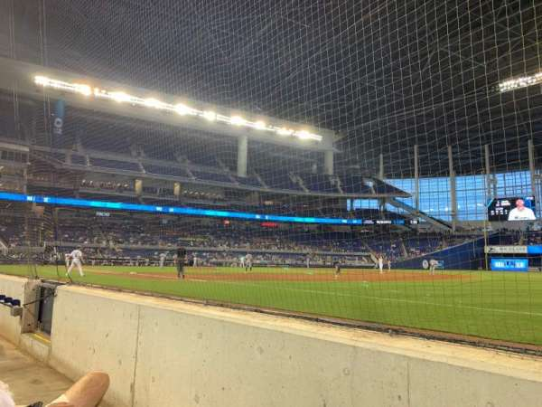 Marlins Park, section: Fl1, rangée: Bb, siège: 1