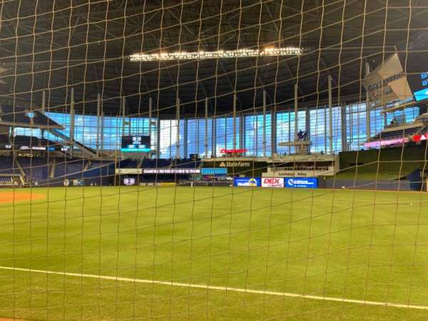 Marlins Park, section: 3, rangée: D, siège: 1