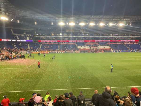 Red Bull Arena (New Jersey), section: 128, rangée: 9, siège: 1