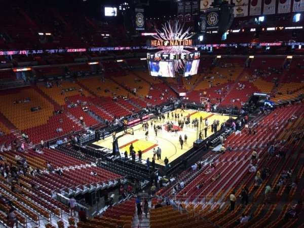American Airlines Arena, section: 329, rangée: 1, siège: 13