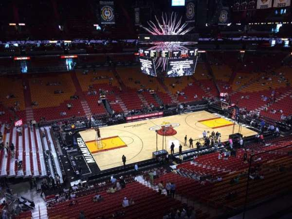 American Airlines Arena, section: 326, rangée: 02, siège: 19