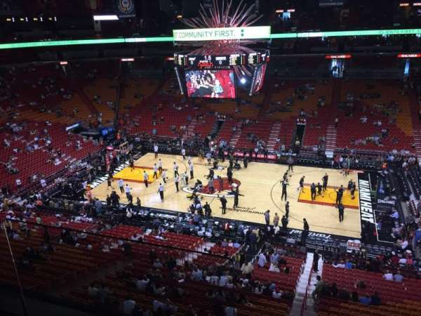 American Airlines Arena, section: 307, rangée: 2, siège: 15