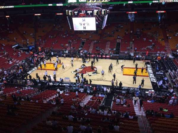 American Airlines Arena, section: 308, rangée: 1, siège: 4