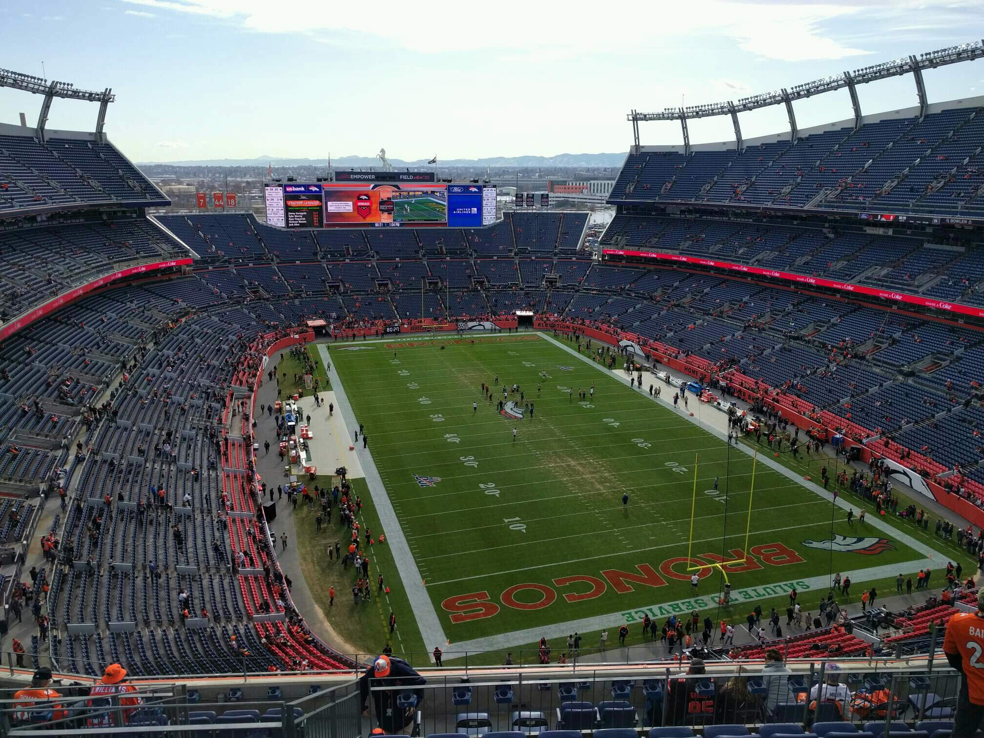 Empower Field at Mile High Stadium Section 524 Rangée 11 Siège 10
