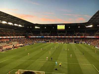 Red Bull Arena, section: 233, rangée: 2, siège: 32