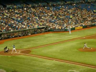 Tropicana Field, section: 216, rangée: E, siège: 15