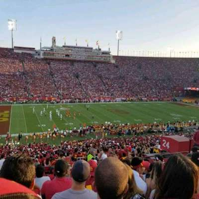 Los Angeles Memorial Coliseum, section: 24L, rangée: 57, siège: 11