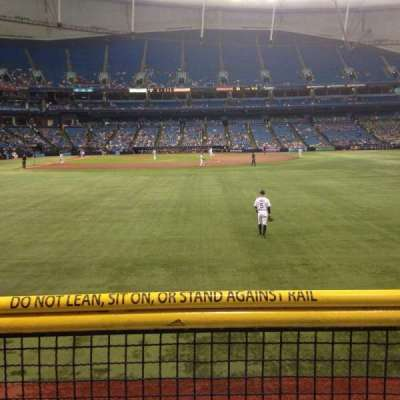Tropicana Field, section: 144, rangée: U, siège: 10