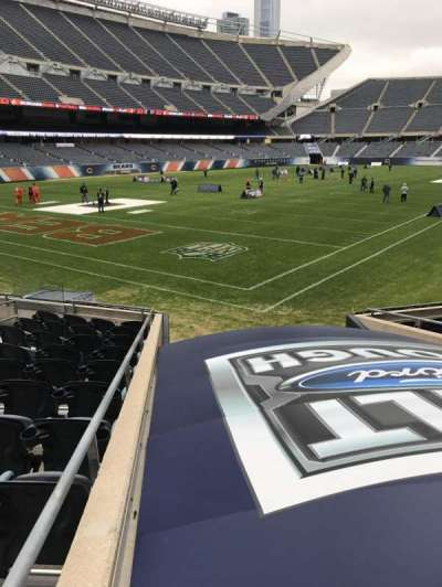 Soldier Field, section: 119, rangée: 11