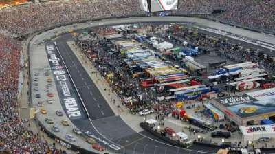 Bristol Motor Speedway, section: WO Wallace Tower, rangée: 9, siège: 15
