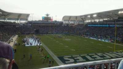 StubHub Center, section: 324, rangée: BB, siège: 4