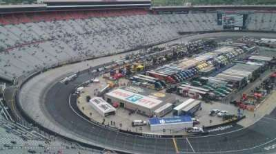 Bristol Motor Speedway, section: Wallace Tower C, rangée: 1, siège: 1