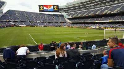 Soldier Field, section: 125, rangée: 6