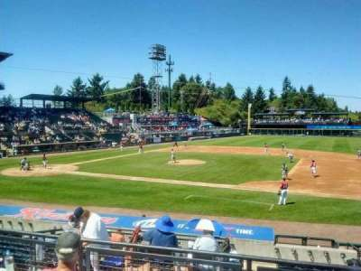 Cheney Stadium, section: O, rangée: 4, siège: 7