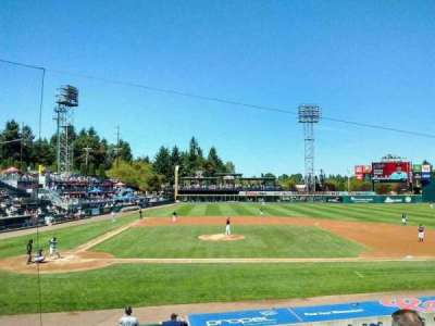 Cheney Stadium, section: m, rangée: 4, siège: 10