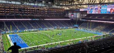 Ford Field, section: 326, rangée: 9